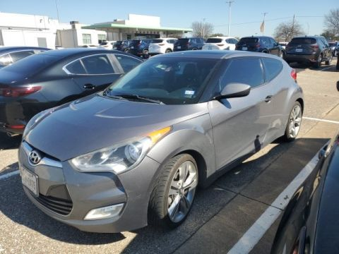 Pre-Owned 2013 Hyundai Veloster Base FWD 3D Hatchback